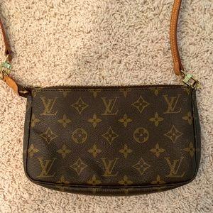 Louis Vuitton Pochette Crossbody Bag